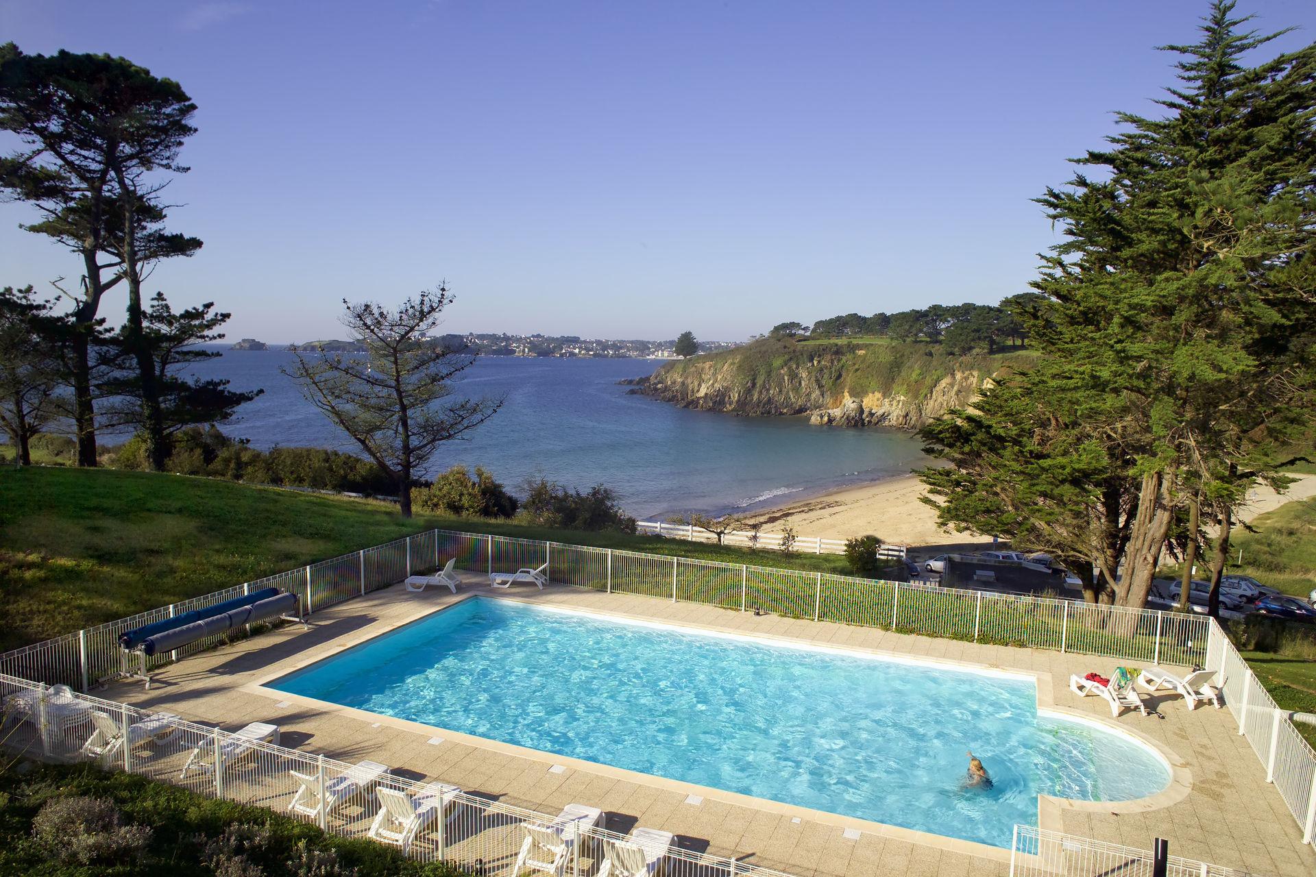Residence les 7 iles 3 location bretagne avec voyages auchan - Location bretagne piscine ...